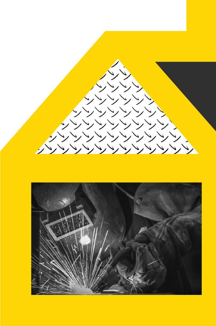 imagen decorativa de sodimac, se muestra un constructor soldando